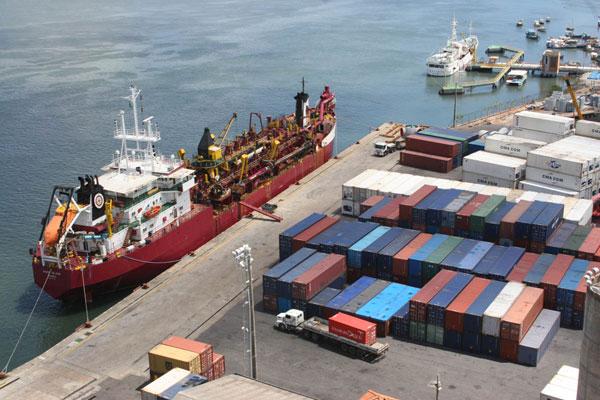Porto de Natal bate recorde mundial no embarque de contêineres refrigerados