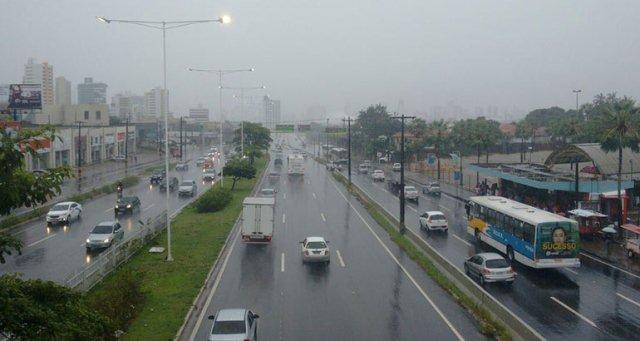 Semana começa com segunda-feira chuvosa em Natal - Blog do Danilo ...
